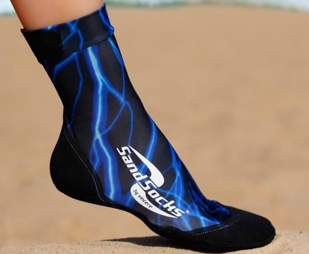 Be protected at all times – sand socks for beach volleyball
