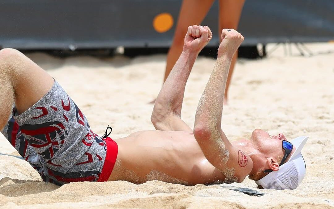 Tri Bourne is back on the beach – Americans dominate AVP Hawaii